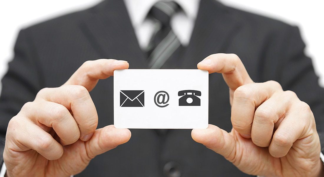 6 reasons why business cards are still relevant